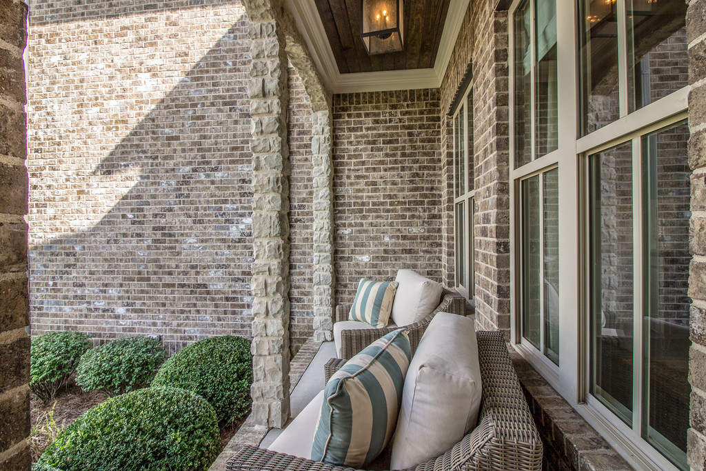 Front porch, new homes home builder in Brentwood, TN and Franklin, TN for new construction custom homes and custom home design - Tennessee Valley Homes.