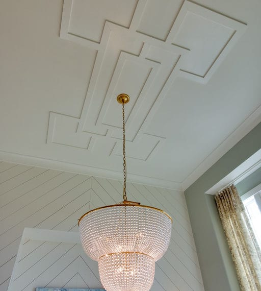 Beautiful diamond chandelier for a new construction home in Brentwood TN new homes from a Nashville Home Builder