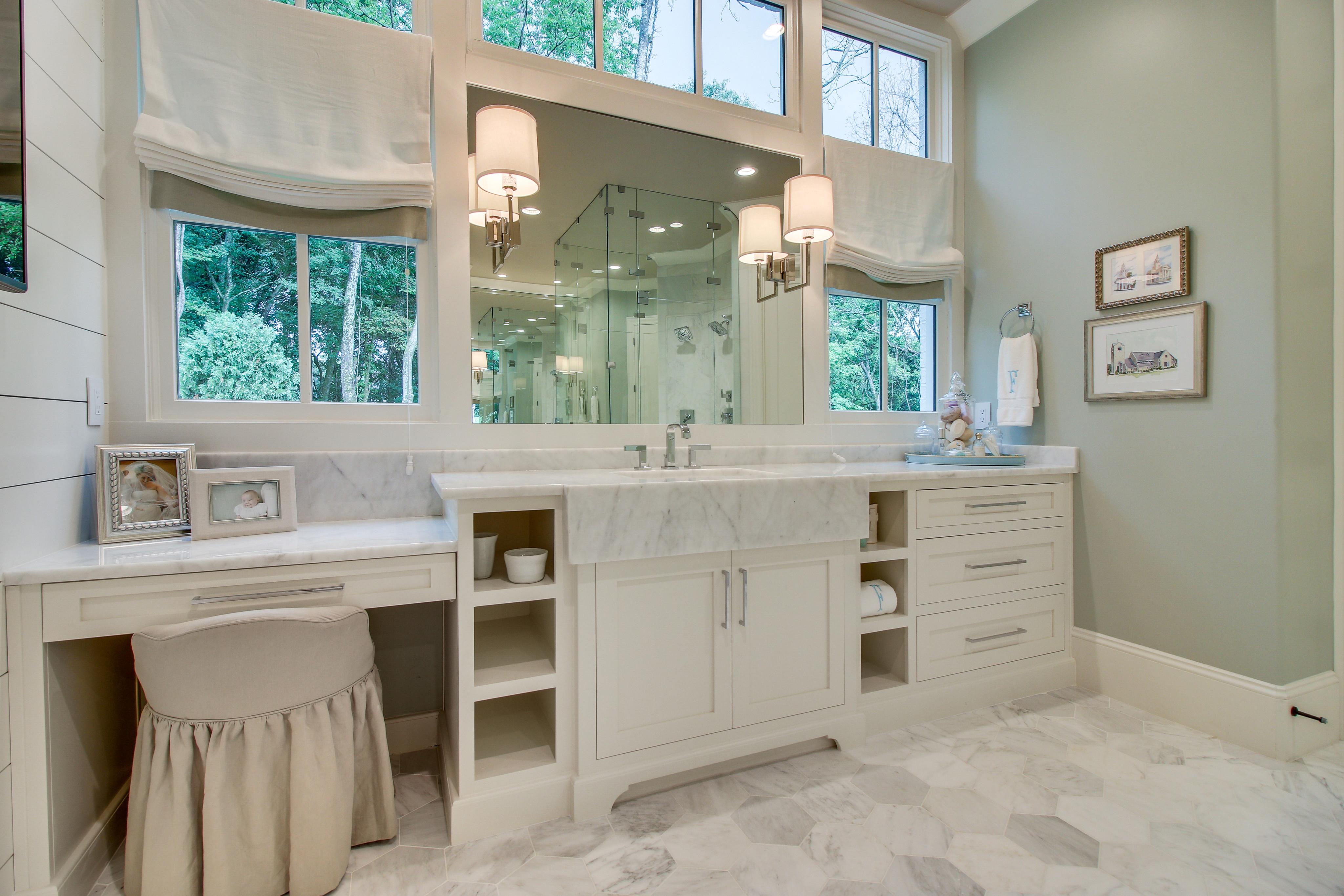 127AV Bath