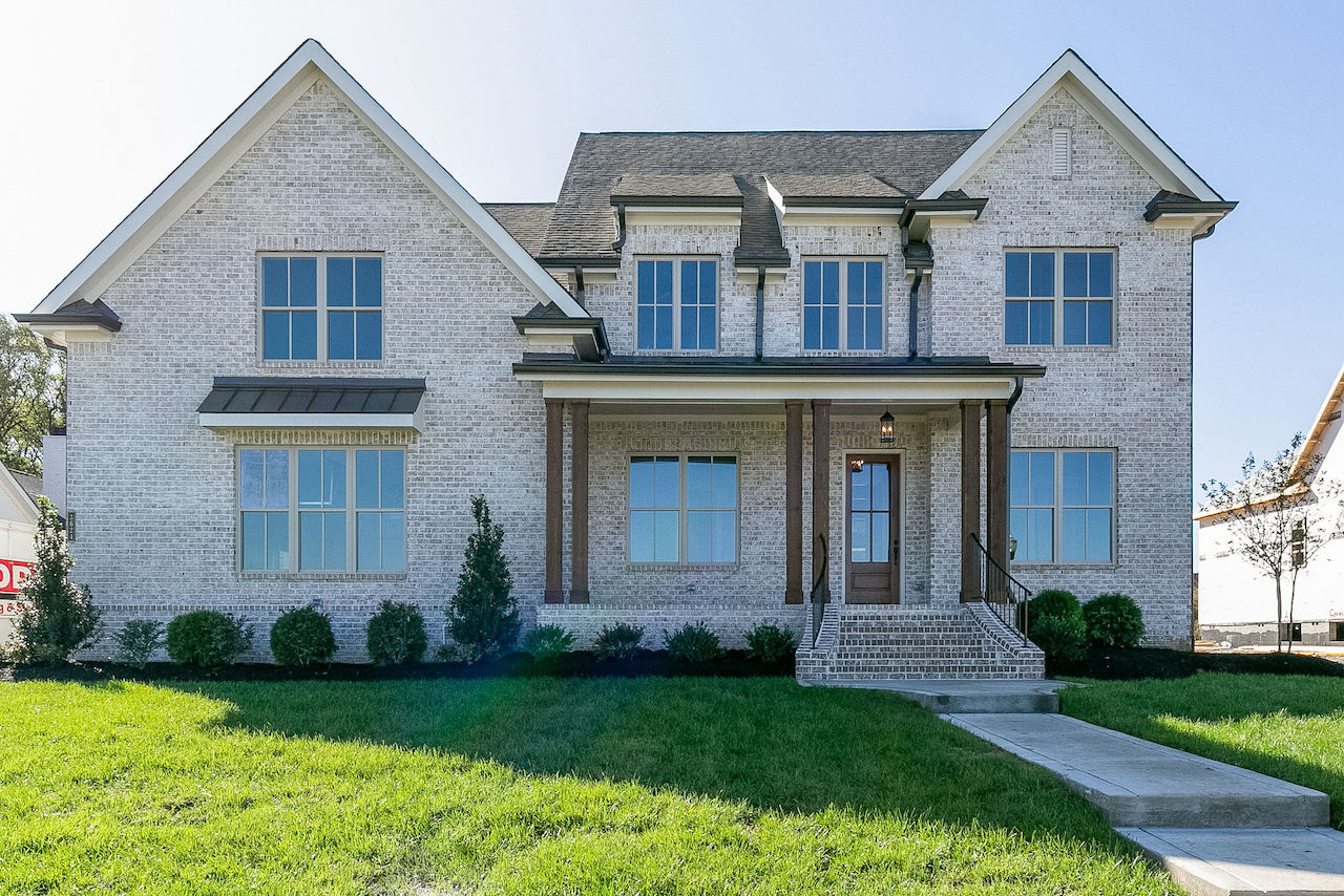 Modern style home from nashville home builders for new construction in Franklin TN