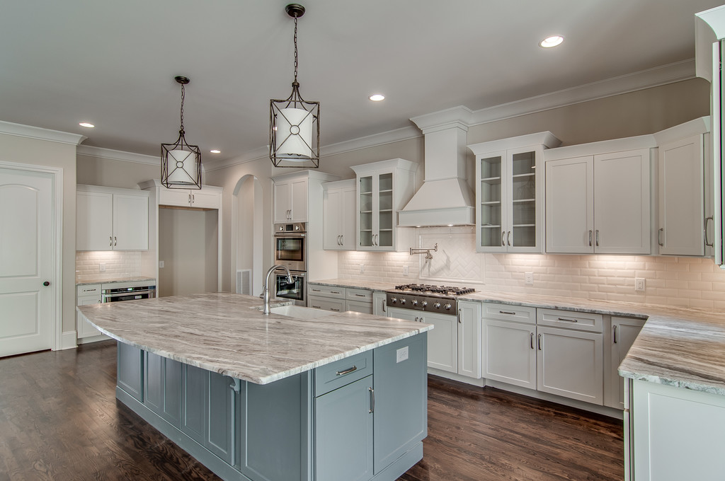 Custom home design kitchen, new construction Brentwood, TN, Franklin and Thompson Station, new homes home builder of custom homes.