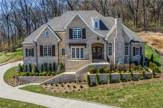 New home, home builder Franklin, TN, Brentwood, new construction, new homes, custom homes Arrington, Thompson Station and custom home design.