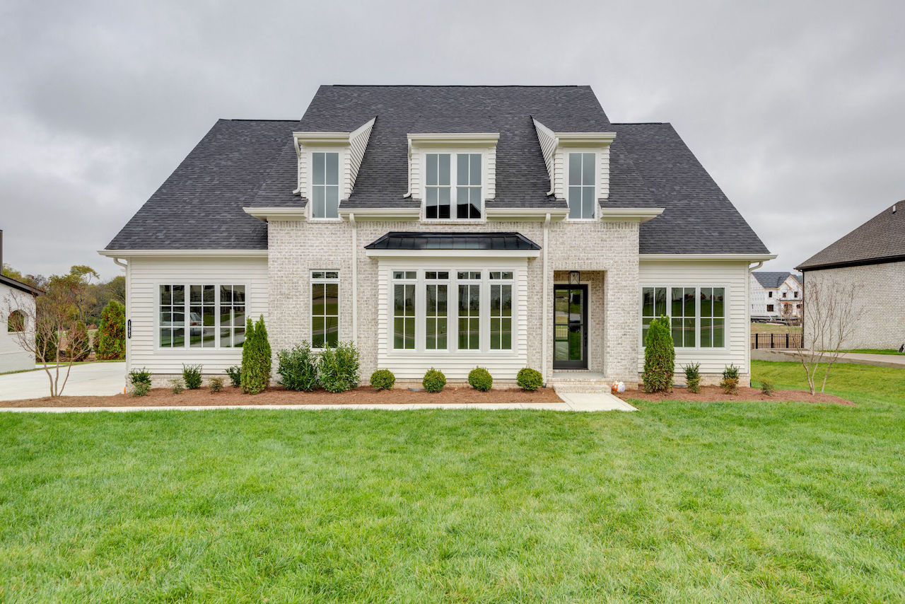 Beautiful house in Tennessee from Nashville home builders for new construction in Thompson Station TN