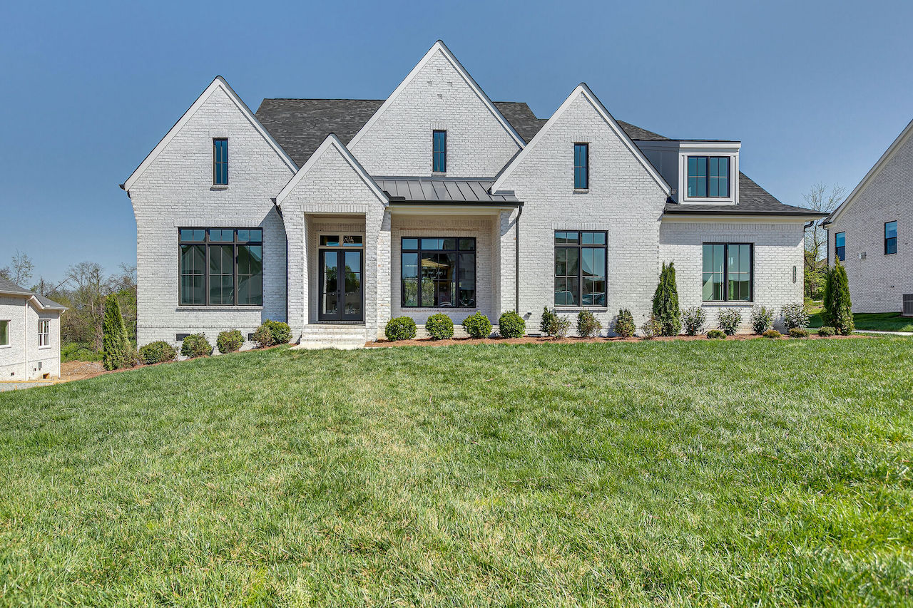 home that was custom built by nashville home builders for new construction in Franklin TN